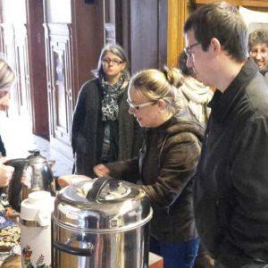 Seminaire-Mathurin-Cordier-2016-n07-Cafe-et-gateaux-confectionnes-par-les-Mamans